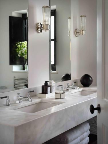 Habitación Deluxe con cama extragrande - Uso individual Hotel La Casa del Califa 3