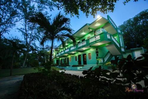 . Belize Budget Suites