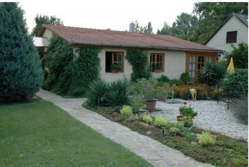 Villa Ylex