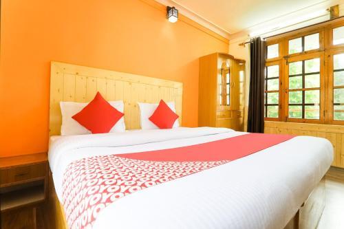 OYO 47194 Hotel Malik Palace, Leh (Ladakh)
