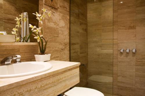 Ulises Recoleta Suites photo 33
