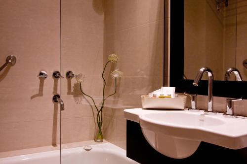 Ulises Recoleta Suites photo 32