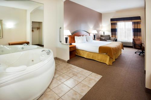 Holiday Inn Express Forest City - Forest City, NC NC 28043
