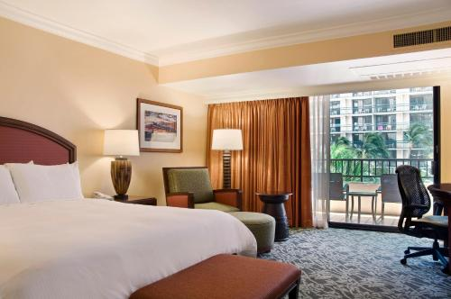 Hilton Hawaiian Village - Honolulu, HI 96815