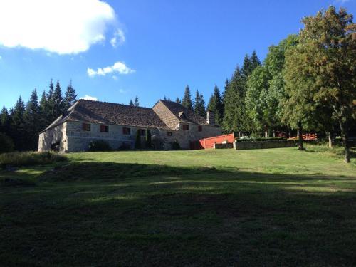 . Domaine du Lac Ferrand
