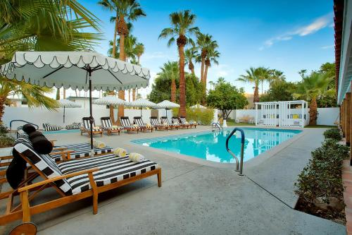 . Dive Palm Springs