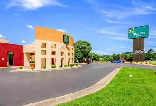 Quality Inn Roanoke Airport