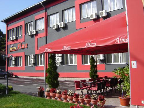 __{offers.Best_flights}__ Garni hotel Alma