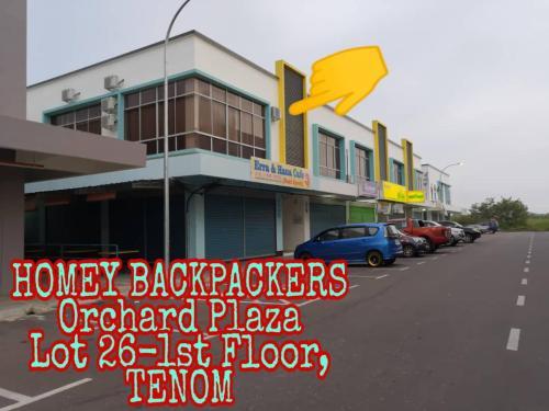 Homey Backpackers, Tenom