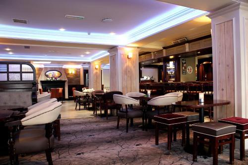 Bailie Hotel,
