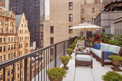 130 W 44th St, New York, NY 10036, United States.