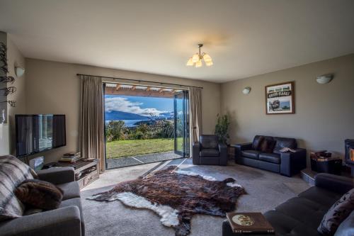 Loch Vista Bed & Breakfast - Accommodation - Te Anau