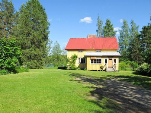 Holiday Home Karkunniemi (FIJ023)