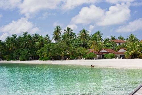 Diamonds Athuruga Beach Water Villas