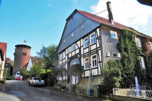 . Arthaus 8