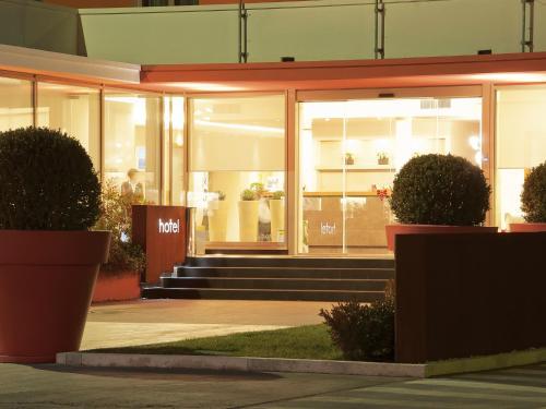 . Hotel Cluentum
