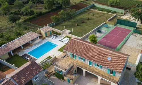 Luxury villa with a swimming pool Gornje Rastane, Biograd - 17837 - Hotel - Sveti Filip i Jakov
