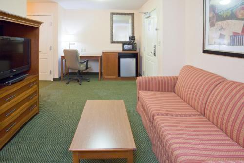 Holiday Inn Minneapolis Nw Elk River - Otsego, MN 55330