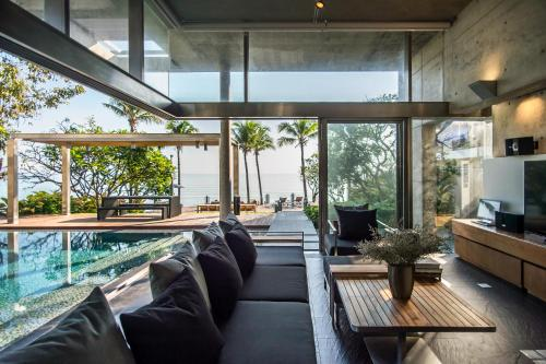 Sunsky Villa Huahin