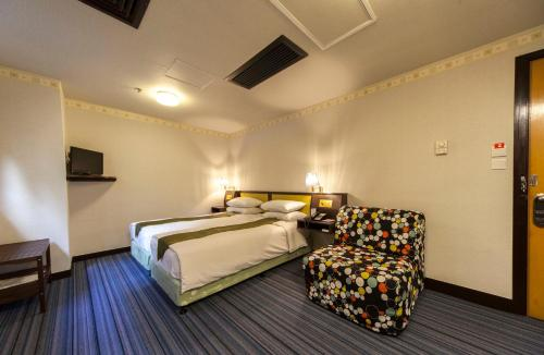 Evergreen Hotel photo 27