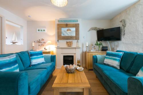 Oyster Cottage - Central St Ives - Sleeps 4 - Pet Friendly, St Ives, Cornwall