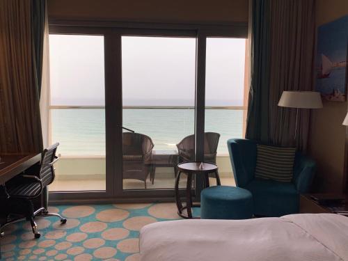 Radisson Blu Hotel Sohar phòng hình ảnh