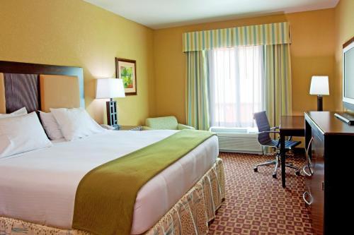 Holiday Inn Express Hotel & Suites Chaffee-Jacksonville West - Jacksonville, FL 32221