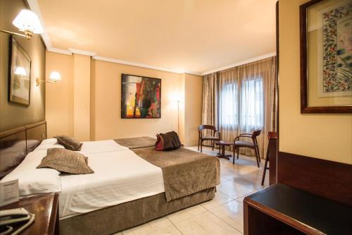 . Imperial Atiram Hotel