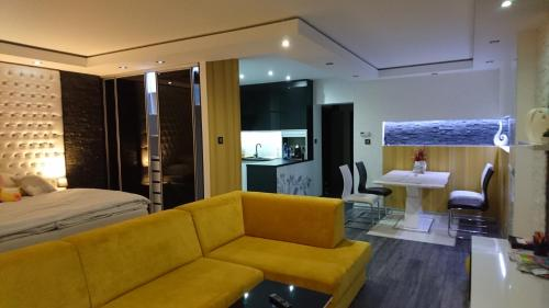 Apartmán Sofia - Apartment - Veľký Slavkov