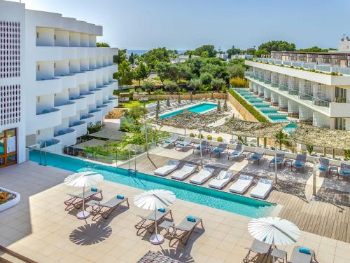 . Inturotel Cala Esmeralda Beach Hotel & Spa - Adults Only
