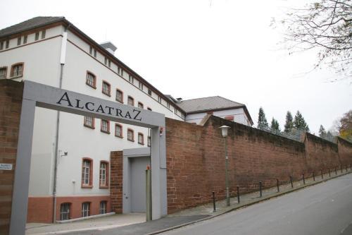 . ALCATRAZ Hotel am Japanischen Garten