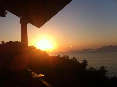 Luxury Sunrise Penthouse - Infinity Pool Luxury Sunrise Penthouse - Infinity Pool