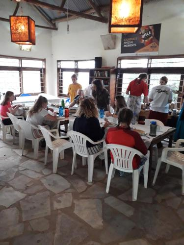 Masaka Backpackers, Tourists Cottage & Campsite, Bukoto