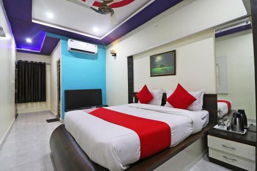 . OYO 46855 Hotel Sakshi