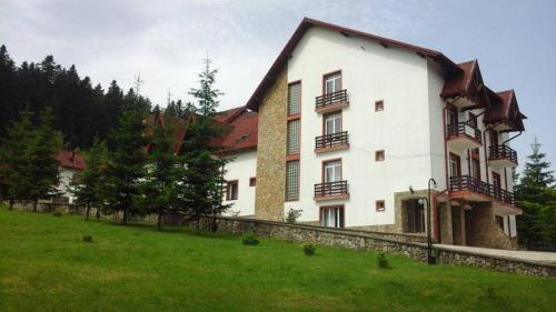 . Hotel Floare de Colt