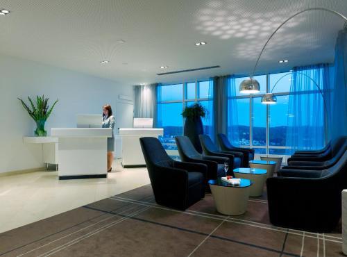 Mässans gata 24, 25th floor 402 26 Gothenburg, Sweden.