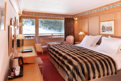 Classic Double Room with Ski slope view