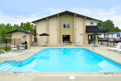 Americas Best Value Inn Madison - Madison, WI WI 53718