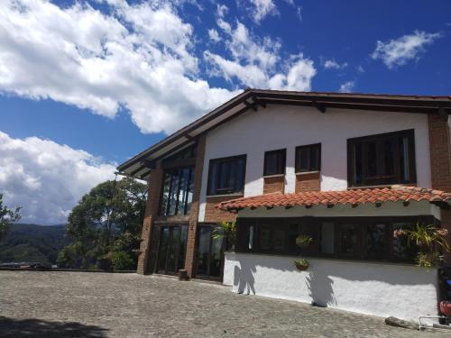 . Hostal Villa Isabel