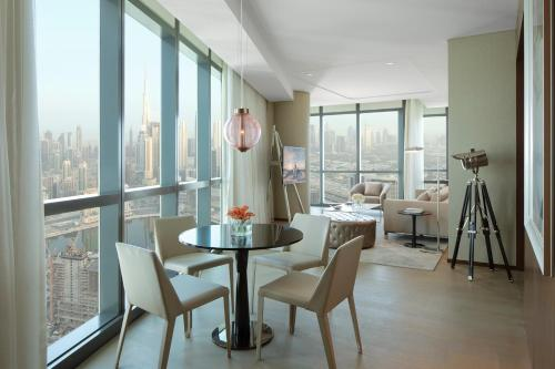Paramount Hotel Dubai - image 8