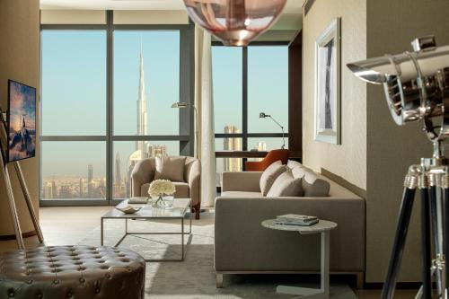 Paramount Hotel Dubai - image 10