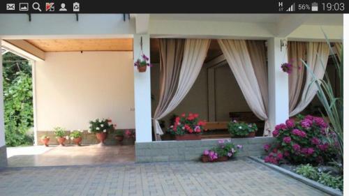 U Evy Guesthouse, Vardane