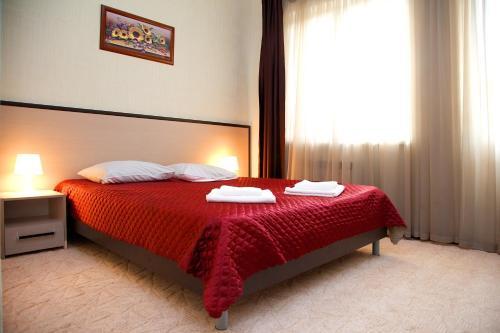 Utomlyonnye Solntsem Hotel - Krasnaya Polyana