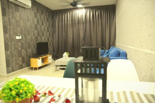 Bandar Tun Razak THE HOLMES 3 rooms residence 福尔摩公寓 3房2厕, Kuala Lumpur