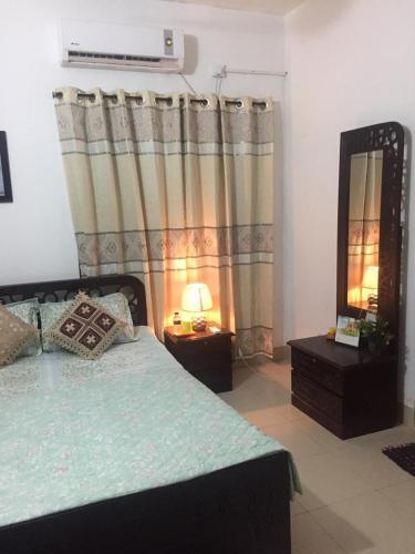 simple bedroom interior design in bangladesh