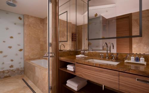 Radisson Blu Olympiyskiy Hotel - image 7