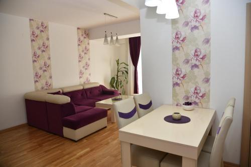 Boda Apartments - Photo 6 of 41