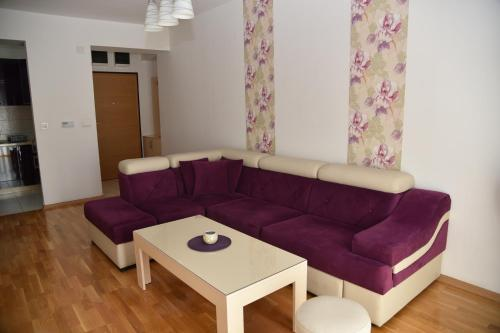 Boda Apartments - Photo 5 of 41