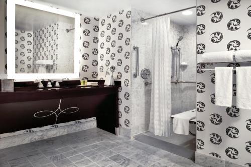 The Palmer House Hilton - Chicago, IL IL 60603