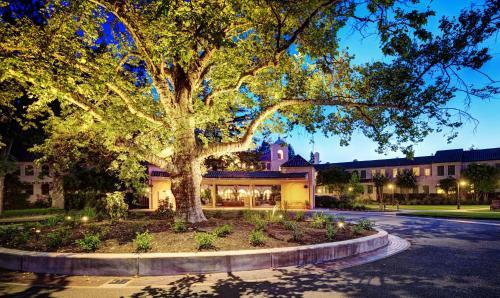 100 Boyes Boulevard, Sonoma, California 95476, United States.